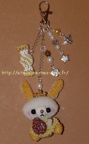 http://paysalice.free.fr//Albums/Perles/Divers/lapin%20oeuf%20breloques2.jpg