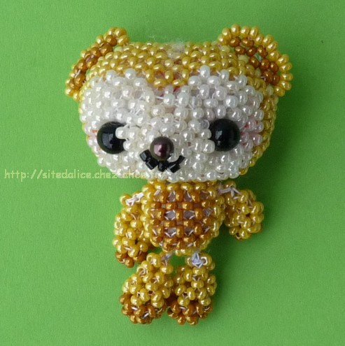 http://paysalice.free.fr//Albums/Perles/Divers/ours%20nu%20beads%20doll%20peluche.jpg