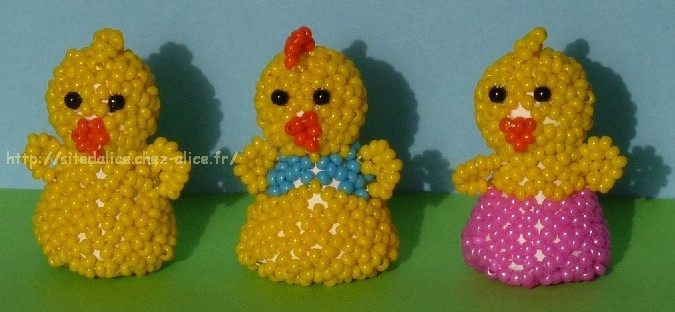 http://paysalice.free.fr//Albums/Perles/Tissage%20animaux/poussins%20els0409.jpg