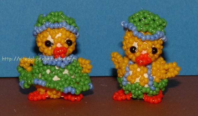 http://paysalice.free.fr//Albums/Perles/Tissage%20animaux/poussins%20viover4%20st8609.jpg