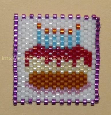 Gateau d'anniversaire en perle hama