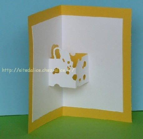 http://paysalice.free.fr//Albums/brico/Cartes/kirigami%20souris%20fromage.jpg