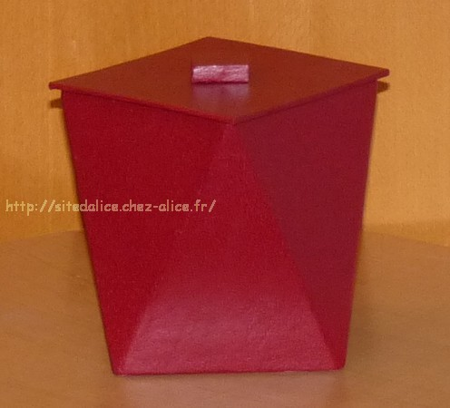 http://paysalice.free.fr//Albums/brico/pot%20tourne%20rouge4.jpg