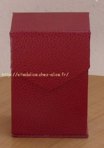 http://paysalice.free.fr//Albums/brico/range%20carte%20rouge1.jpg