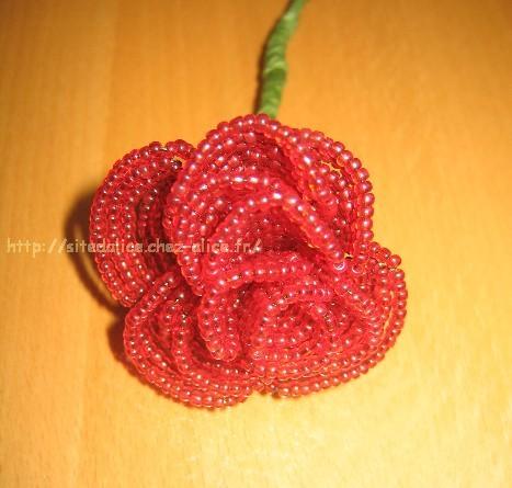 perle de rocaille rose